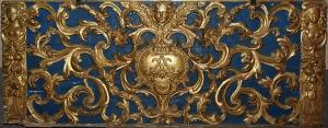 Loppia-Pieve di Santa maria 1645-Particolare del Paleotto dell'altare maggiore con il simbolo dell'Assunzione di Maria